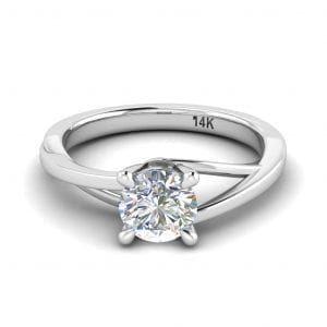 18kt White Gold Solitaire Ring