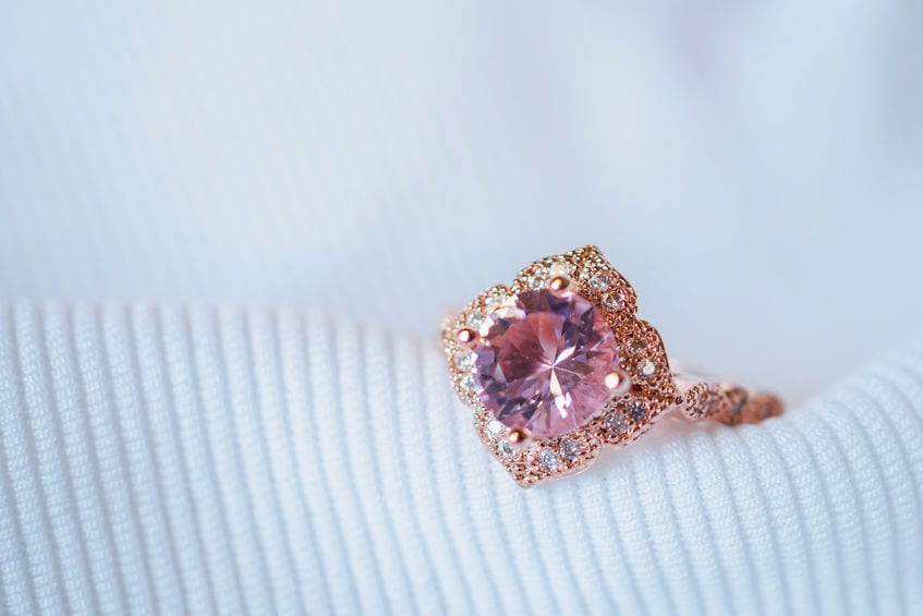 WHAT ARE THE MOST POPULAR GEMSTONES USED IN ENGAGEMENT RINGS?