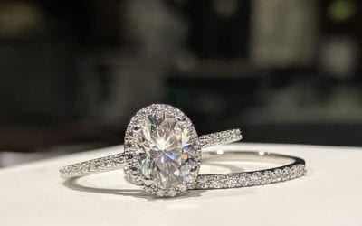 Hot tips for buying Engagement rings